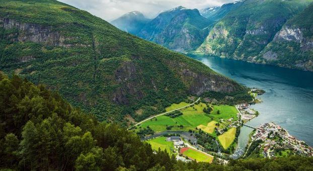 Met de auto naar Noorwegen gaan